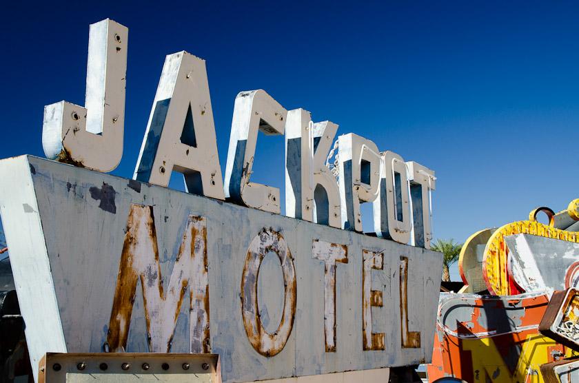 Jackpot Motel Sign
