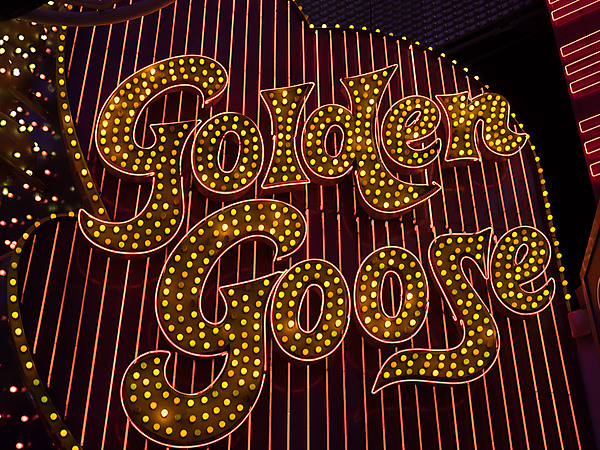 Golden Goose Sign