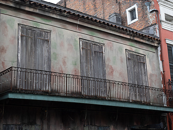 Building in French Quarter